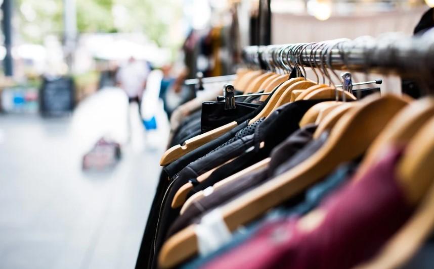 largest apparel companies