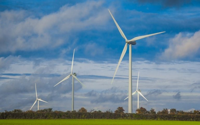 largest wind turbine manufacturers
